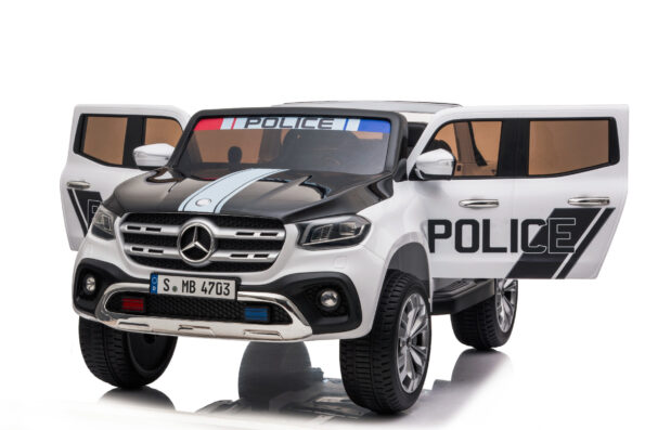 mercedes_police